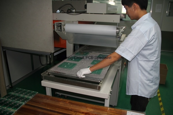 china batch PCB board vacuum package